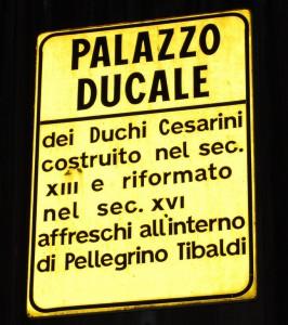 palazzo_e lapide_cesarini_di_civitanova_alta_005
